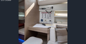 interno-barca-a-vela
